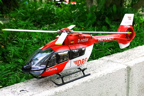 Eurocopter (Airbus Helicopters) H145 / EC 145 T2 1:32