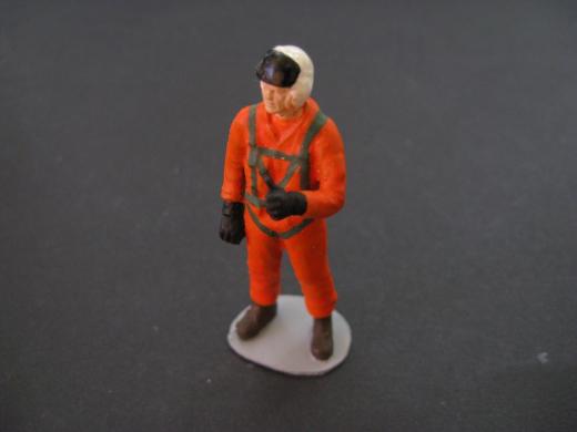 Figur Pilot 01 stehend 1:35
